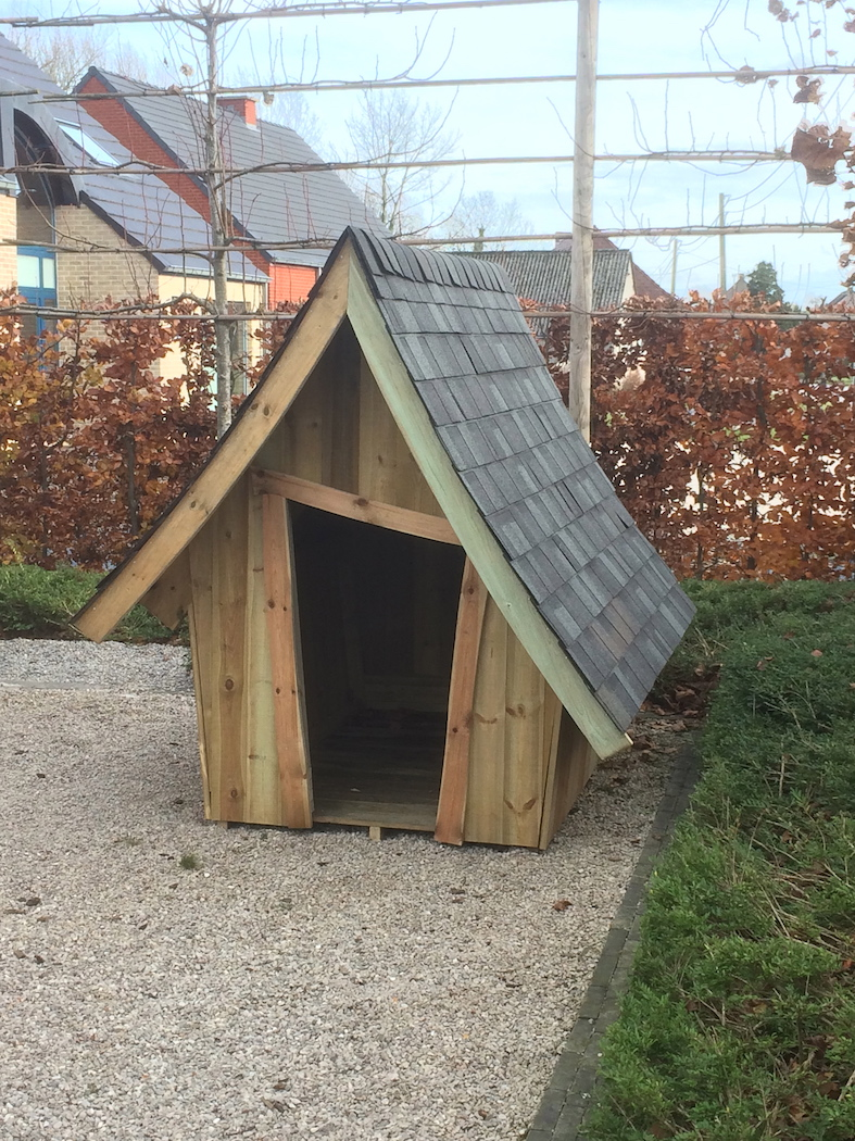abris de jardin en wallonie chalet de jardin abri. Black Bedroom Furniture Sets. Home Design Ideas
